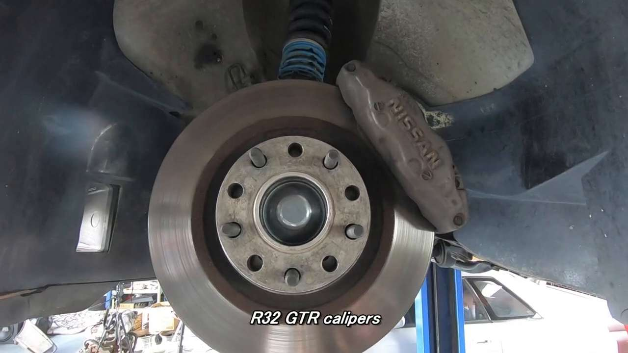 Nissan Skyline R32 GT-R 4-pot front calipers w/ Stainless Steel Braided Lines & Rotors