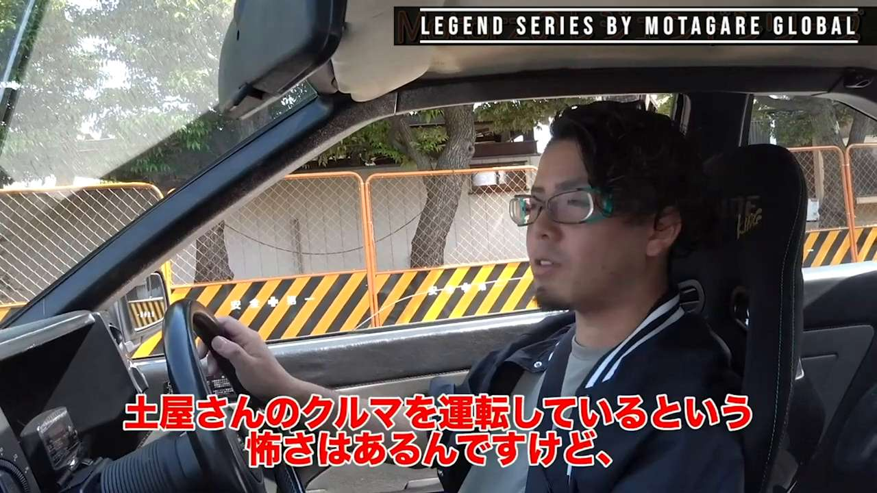 What model of the AE86 does Keiichi Tsuchiya drive?